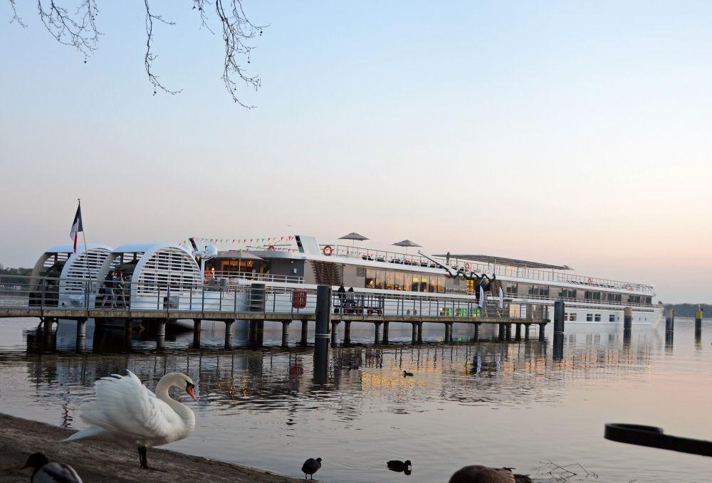 Elbe Princesse, Welcome Aboard